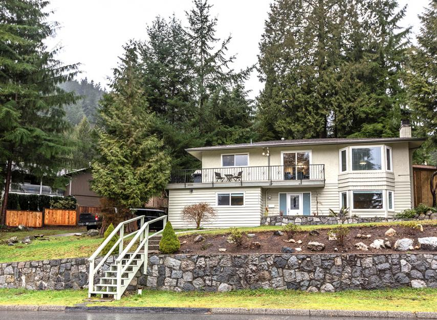 1382 Mcnair Drive, Lynn Valley, North Vancouver