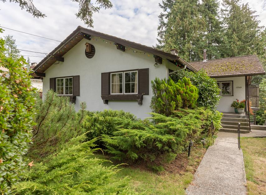 1243 W 20th Street, Pemberton Heights, North Vancouver
